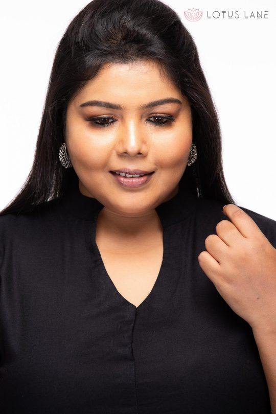 Plus size Relaxed Ajrakh cotton tunic - Closeup