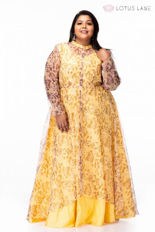 Plus size Mellow Yellow Floral Print Plus Size Maxi Dress - Front